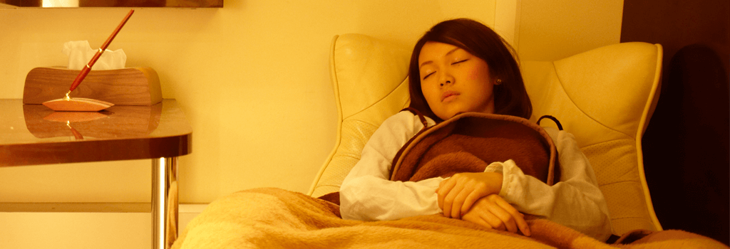 静脈内鎮静法で眠っている間にインプラント手術が終わります